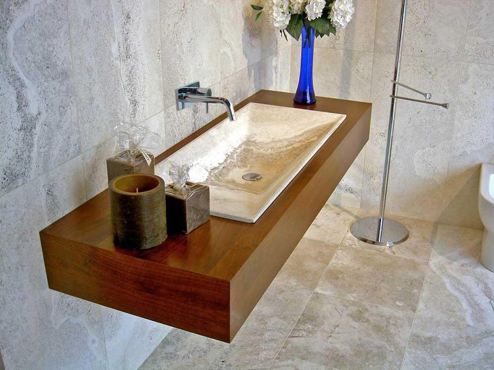 Da picasso marmi e travertini arezzo bagni in travertino for Arredo bagno arezzo