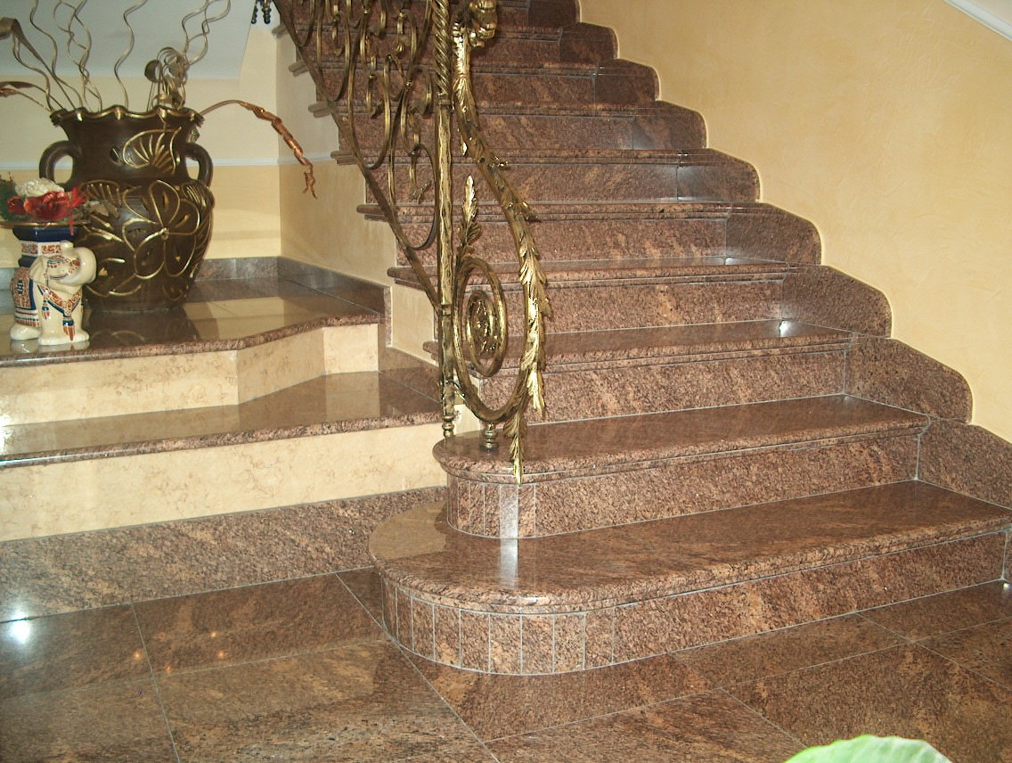 Da picasso marmi e travertini scale in granito - Scale in granito per interni ...